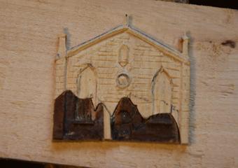 Plastico di Bergamo Alta in legno del 1934. Integrazione innestata sulla parte originale rimasta della facciata della Chiesa di Sant'Agostino.
