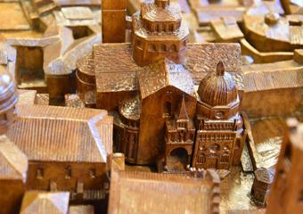 Plastico di Bergamo Alta in legno del 1934. Basilica Santa Maria Maggiore e la Cappella Colleoni.