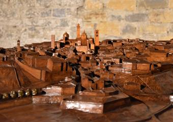 Plastico di Bergamo Alta in legno del 1934. Baluardo San Michele e Convento San Francesco.