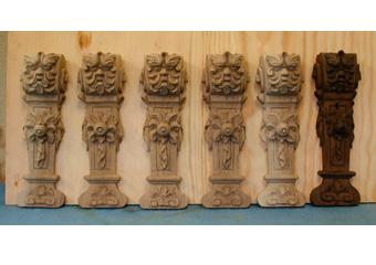 Parrocchia S. Faustino in Brembate. Durante il restauro realizzazione ex novo di elementi trafugati a modello dell'originale visibile a destra.