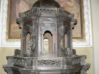 Parrocchia S. Faustino in Brembate. Prima del restauro, corpo superiore.