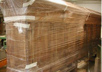 Parrocchia B.V. Annunziata in Ascensione di Costa Serina BG. Durante il restauro, trattamento antitarlo in atto.